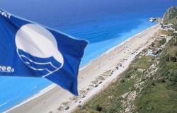 Γαλάζιες Σημαίες στο Ν. Λάρισας