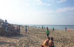 Πορεία εκδηλώσεων - συναυλία Γλυκερίας - Beach soccer (photos)